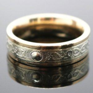 Gent's Irish crested Gold Ring