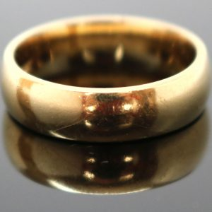 Classic Ladies Gold Band 18ct Ring