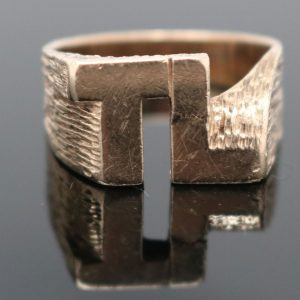 Gent's Ring 9ct initials TL